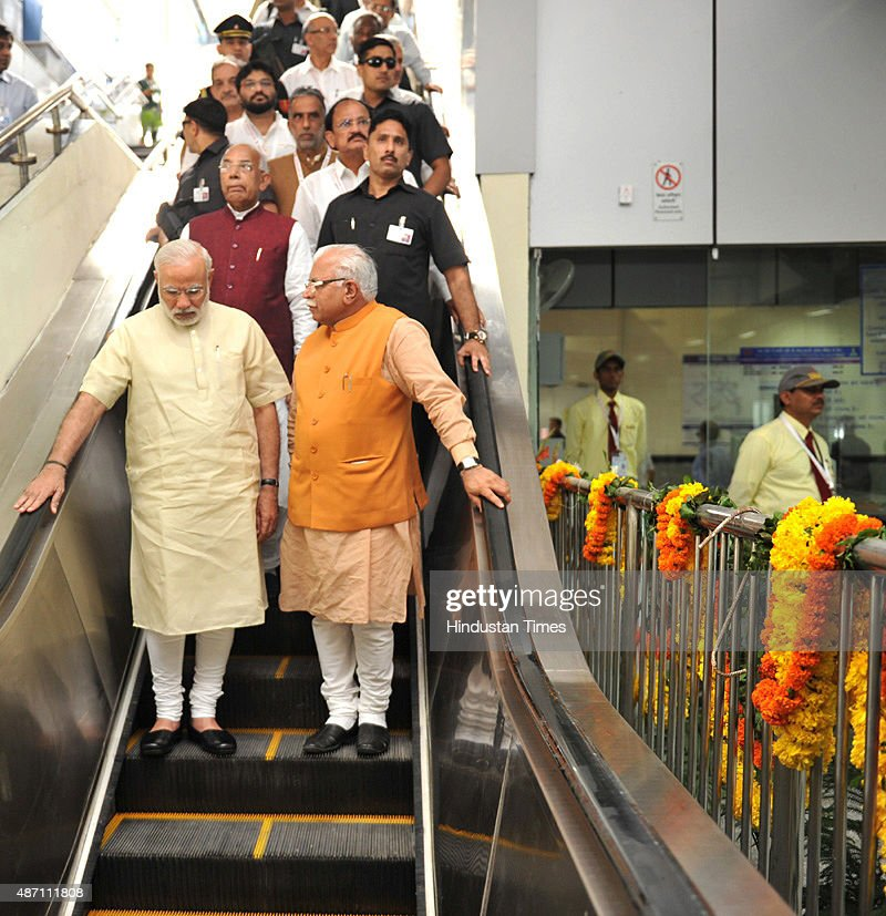 Prime Minister Narendra Modi Governor of Punjab and Haryana and Administrator Union Territory Chandigarh Prof Kaptan Singh Solanki Chief Minister of..