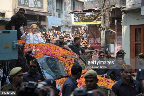 Prime Minister Narendra Modi visits Baba Kaal Bhairav temple during the road show on March 4 2017 in Varanasi India The Samajwadi PartyCongress...