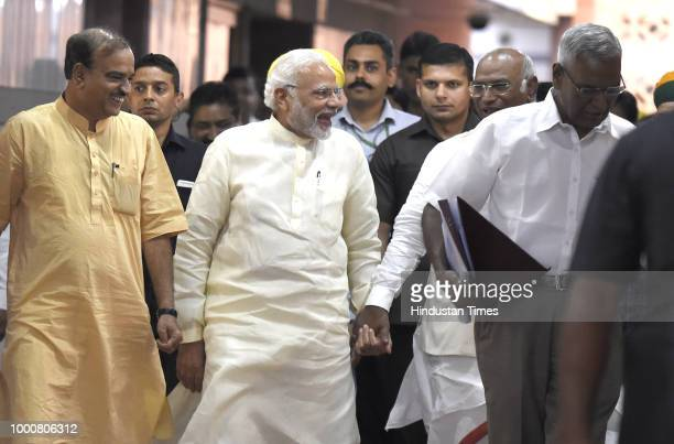 Prime Minister Narendra Modi with Congress Parliamentary Party leader Mallikarjun Kharge and Union Minister Ananth Kumar and Left party leader D Raja...