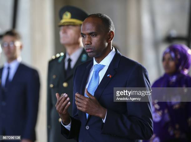 Prime Minister of Somalia Hassan Ali Khayre prays as he visits Ataturk's mausoleum Anitkabir in Ankara Turkey on October 27 2017