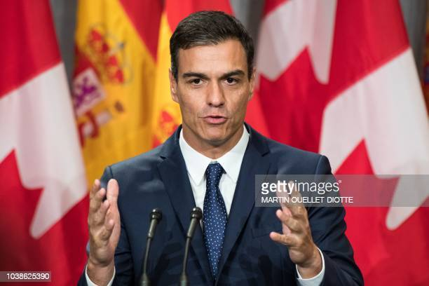Prime Minister of Spain Pedro Sanchez speaks during a press conference at the Sofitel Montreal hotel in Montreal Canada September 23 2018 / The...