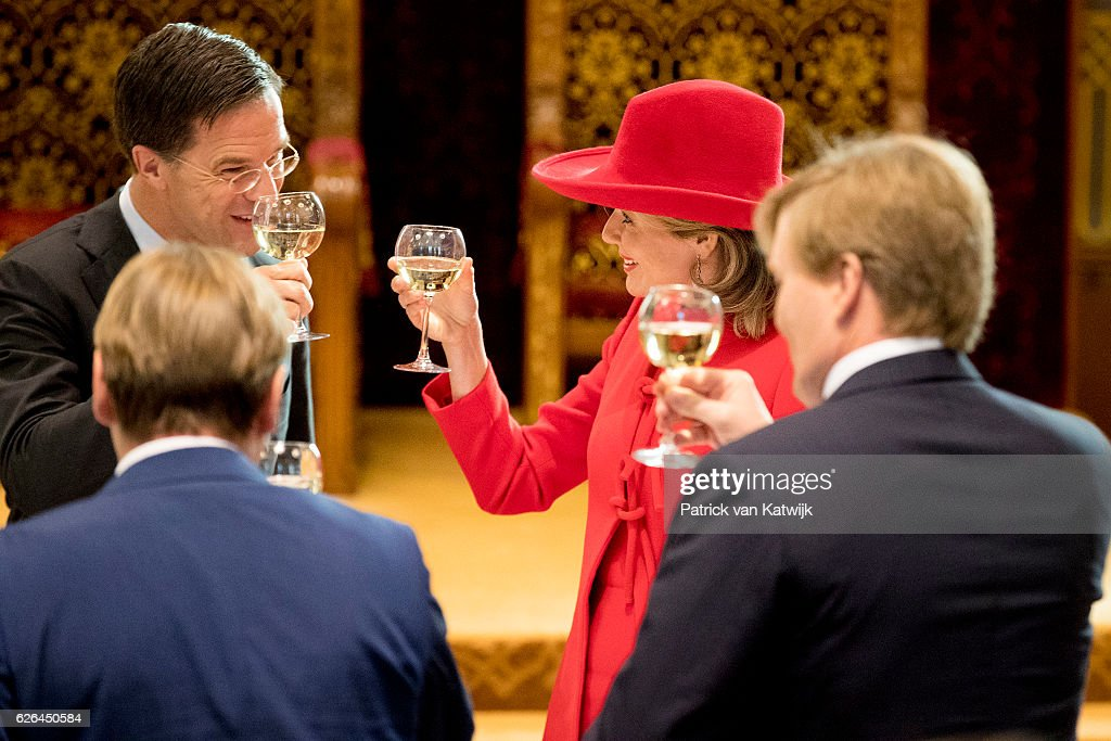 Queen Mathilde of Belgium of Belgium and King Philippe of Belgium On A 3 Day Official Visit In Holland : Day Two : Nachrichtenfoto