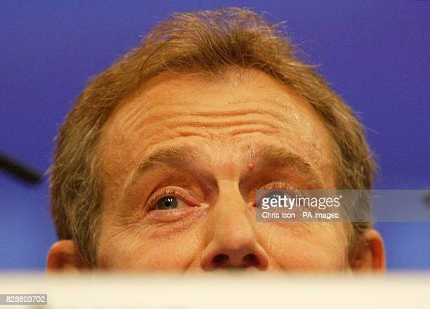 Prime Minister Tony Blair feels the heat as he makes his keynote speech to delegates at the Bournemouth International Centre where the Labour Party...