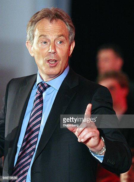 K Prime Minister Tony Blair speaks at the Cornhill Exchange in Edinburgh Scotland Tuesday May 1 2007 Blair said he will make a statement next week on...