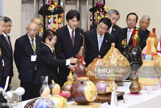 Prince Akishino watches at the 42nd gourds exhibition of the Association For All Nippon Gourd Fanciers on May 31 2017 in Yoro Gifu Japan Prince...