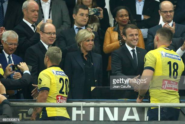 Prince Albert II de Monaco French President Emmanuel Macron and his wife Brigitte Macron above French Minister of Sports Laura Flessel during the...