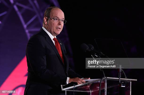 Prince Albert II of Monaco delivers a speech during the 'Prince Albert II of Monaco's Foundation' Award Ceremony on October 12 2014 in Palm Springs...
