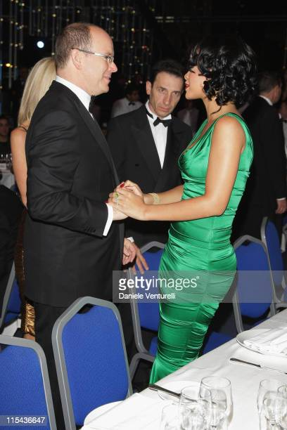 Prince Albert II of Monaco greets singer Rihanna as he attend the 2007 World Music Awards held at the Sporting Club on November 4, 2007 in Monte...
