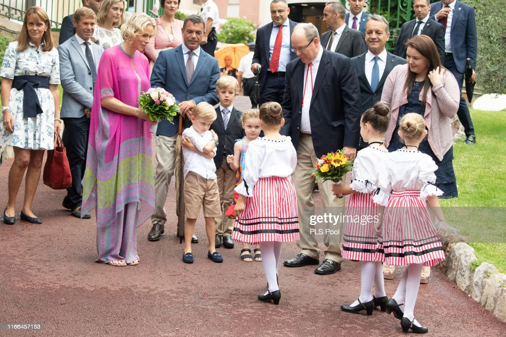 Monaco Royal Family Attend Traditional Monaco Picnic : Nachrichtenfoto