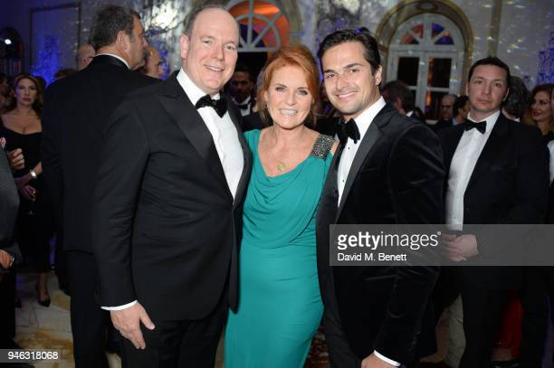 Prince Albert II of Monaco Sarah Ferguson Duchess of York and Nelson Piquet Jr attend the ABB FIA Formula E Gala Dinner hosted by Bulgari at Villa...