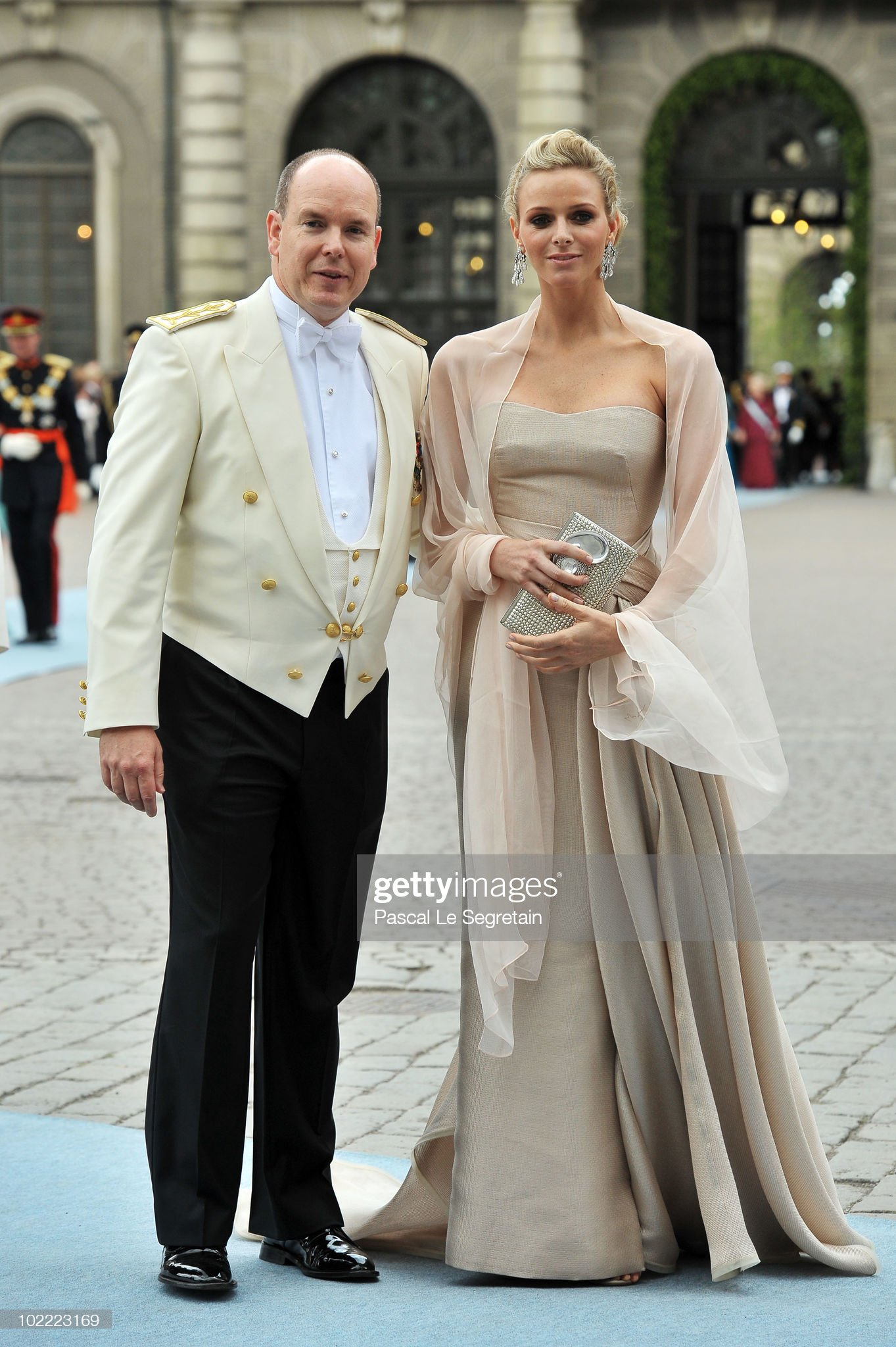 Wedding Of Swedish Crown Princess Victoria & Daniel Westling: Arrivals : News Photo