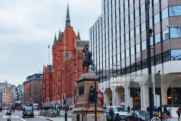 prince albert statue in holborn circus, london - holborn stock pictures, royalty-free photos & images