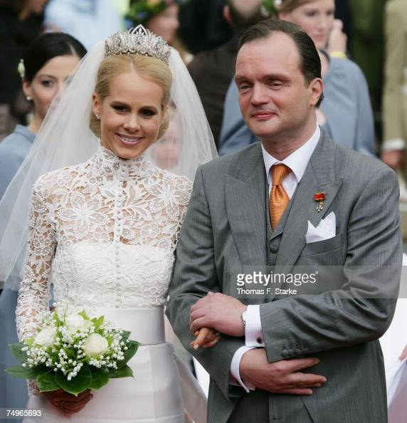 Prince Alexander Zu Schaumburg Lippe And His Bride Nadja