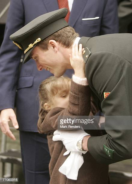 Princess maria laura of belgium photos et images de - How to become an army officer after college ...