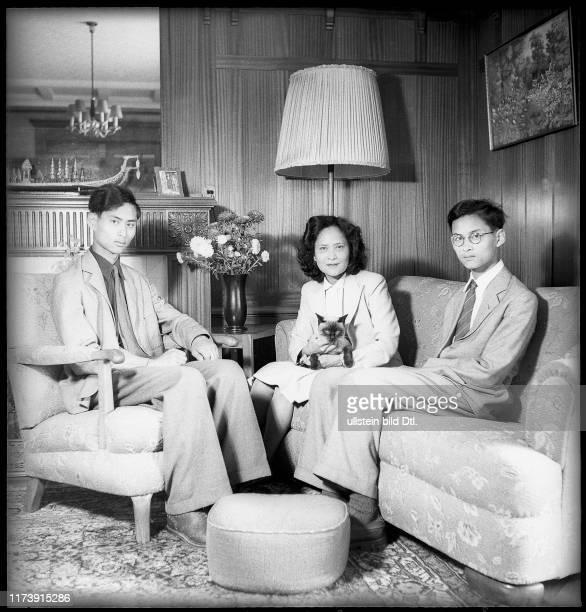 Prince Ananda Mahidol, princess Galyani, prince Bhumibol, 1945