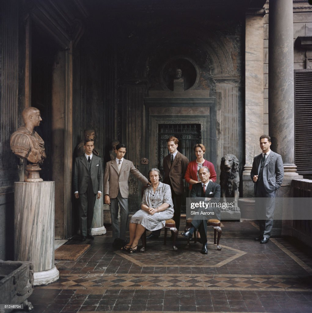 1960, Prince and Princess Massimo with five of their six children in their residence, Palazzo Massimo all Colonne, Rome, Italy.