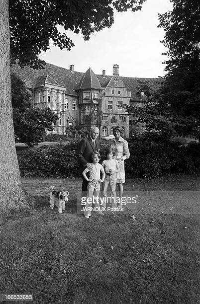 Prince And Princess Of BentheimSteinfurt And Their Two Adopted Daughters Alexa And Caroline