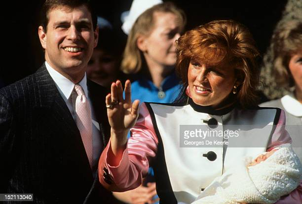 Prince Andrew Duke of York and Sarah Duchess of York leave the Portland Hospital with the newborn Princess Eugenie on March 30 1990 in London