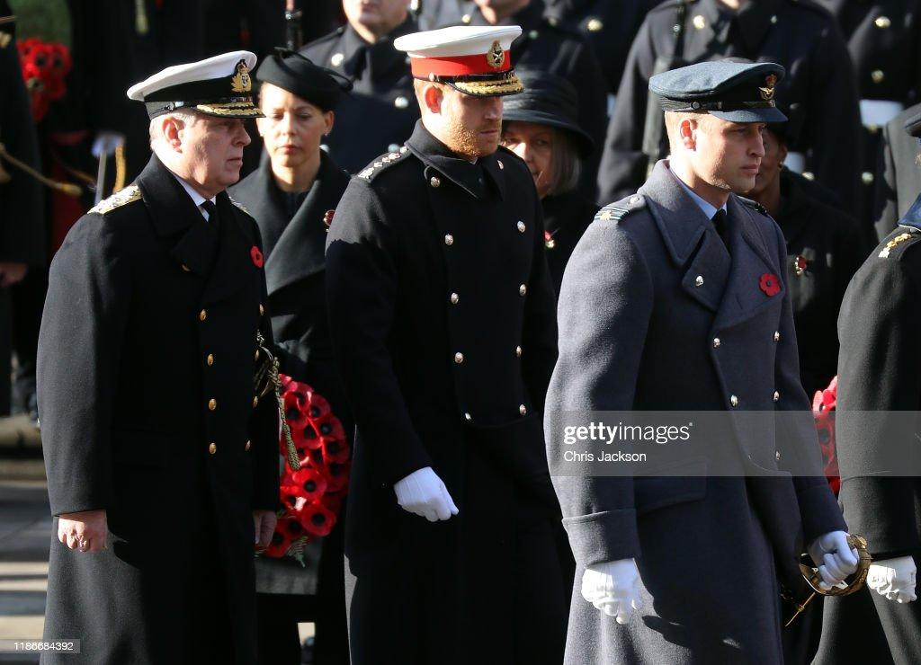 Remembrance Sunday Cenotaph Service : News Photo