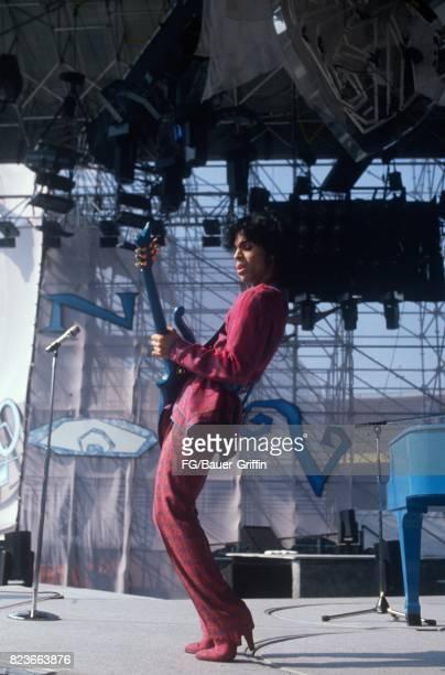 Prince at soundcheck, Feyenoord Stadium, Netherlands on August 17, 1988 in Rotterdam, Netherlands. 170612F1