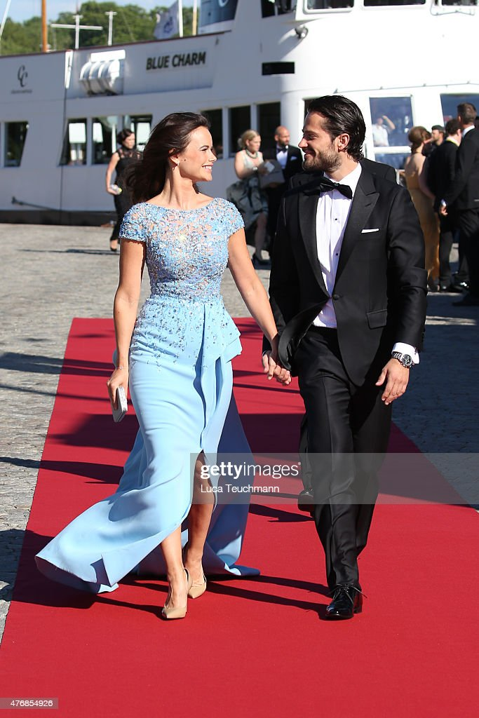 Dinner Ahead Of The Wedding Of Prince Carl Philip Of Sweden And Sofia Hellqvist : ニュース写真