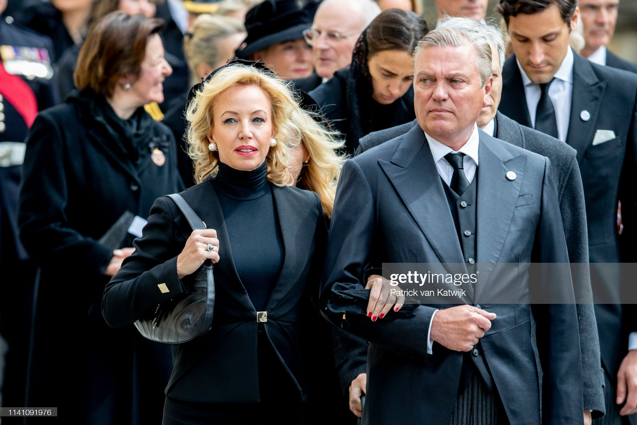 Похороны Великого Герцога Жана https://media.gettyimages.com/photos/prince-carlo-de-bourbon-and-princess-camilla-de-bourbon-attend-the-picture-id1141091976?s=2048x2048