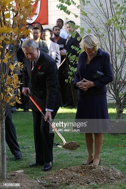 Prince Charles And Camilla Visit In The United States Premier voyage officiel à l'étranger depuis leur mariage Camilla PARKER BOWLES debout aux côtés...