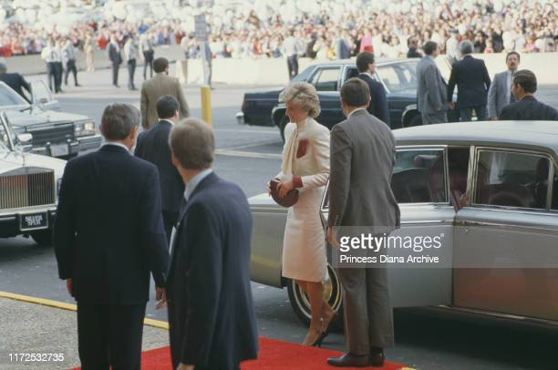 Prince Charles and Diana, Princess of Wales visit a JC Penney store in Springfield, Virginia, USA, 11th November 1985.