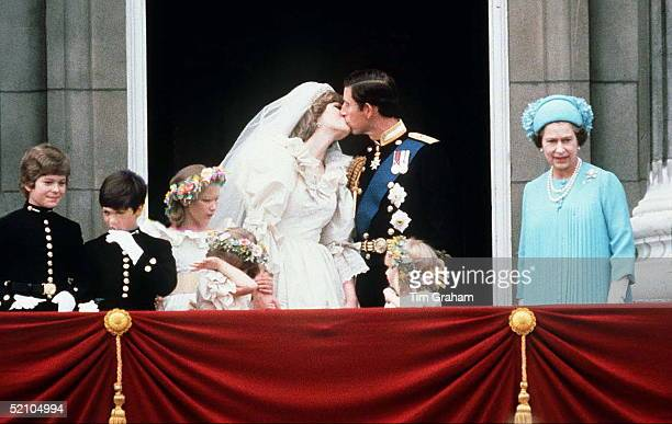 Prince Charles And Princess Diana Kissing On The Balcony Of Buckingham Palace On Their Wedding Day. Lord Nicholas Windsor, Edward Van Cutsem, Sarah...