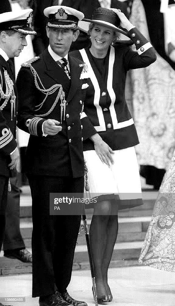 Prince Charles (C) and Princess Diana (R : News Photo
