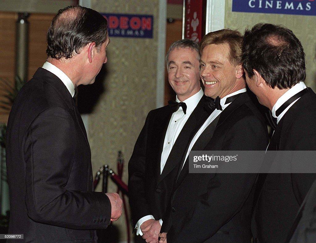 Charles And Mark Hamill : News Photo