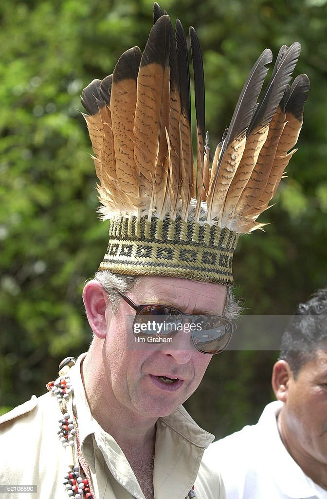 Charles Head-dress : News Photo