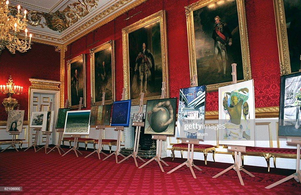St. James's Palace For Art Competition : Photo d'actualité
