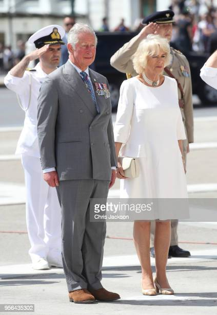 Prince Charles Prince of Wales and Camilla Duchess of Cornwall observe a minutes silence during a visit to the Tomb of the Unknown Soldier on May 9...
