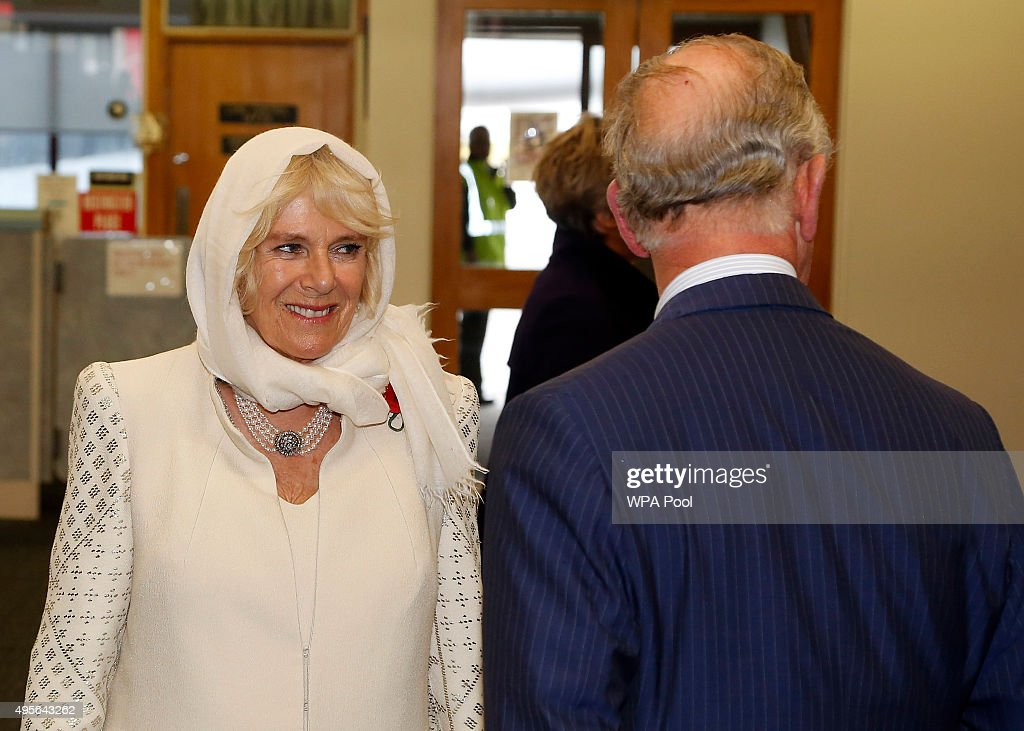 The Prince Of Wales & Duchess Of Cornwall Visit New Zealand - Day 1 : News Photo