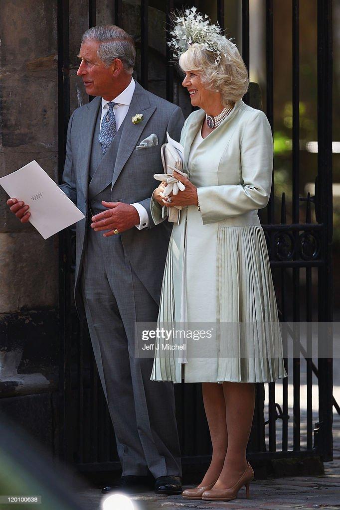 Zara Phillips Marries Mike Tindall In Edinburgh : ニュース写真
