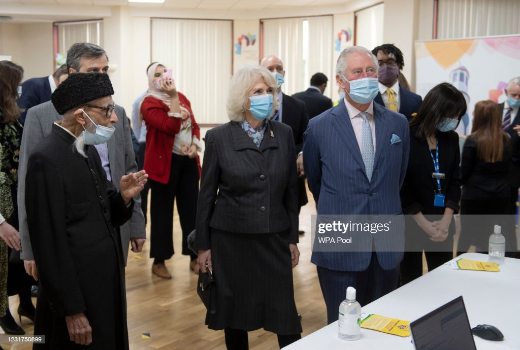 The Prince Of Wales And Duchess Of Cornwall Visit A Vaccination Centre At Finsbury Park Mosque : News Photo