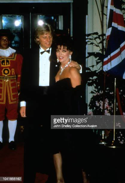 Prince Charles Prince of Wales and Diana Princess of Wales visit Washington DC Gala Dinner at the White House Peter Holm and Joan Collins 9th...