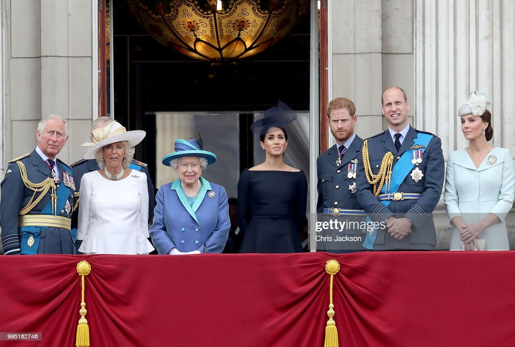 Members Of The Royal Family Attend Events To Mark The Centenary Of The RAF : Fotografía de noticias