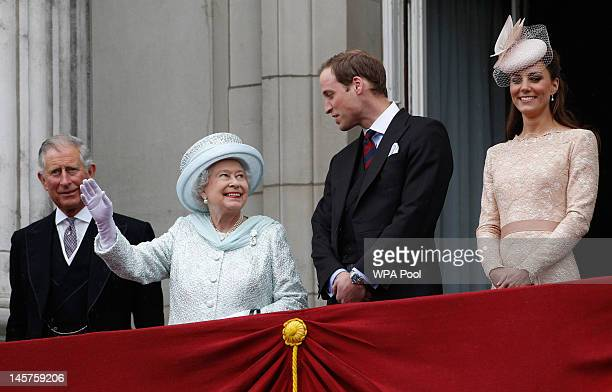Prince Charles Prince of Wales Queen Elizabeth II Prince William Duke of Cambridge and Catherine Duchess of Cambridge on the balcony of Buckingham...