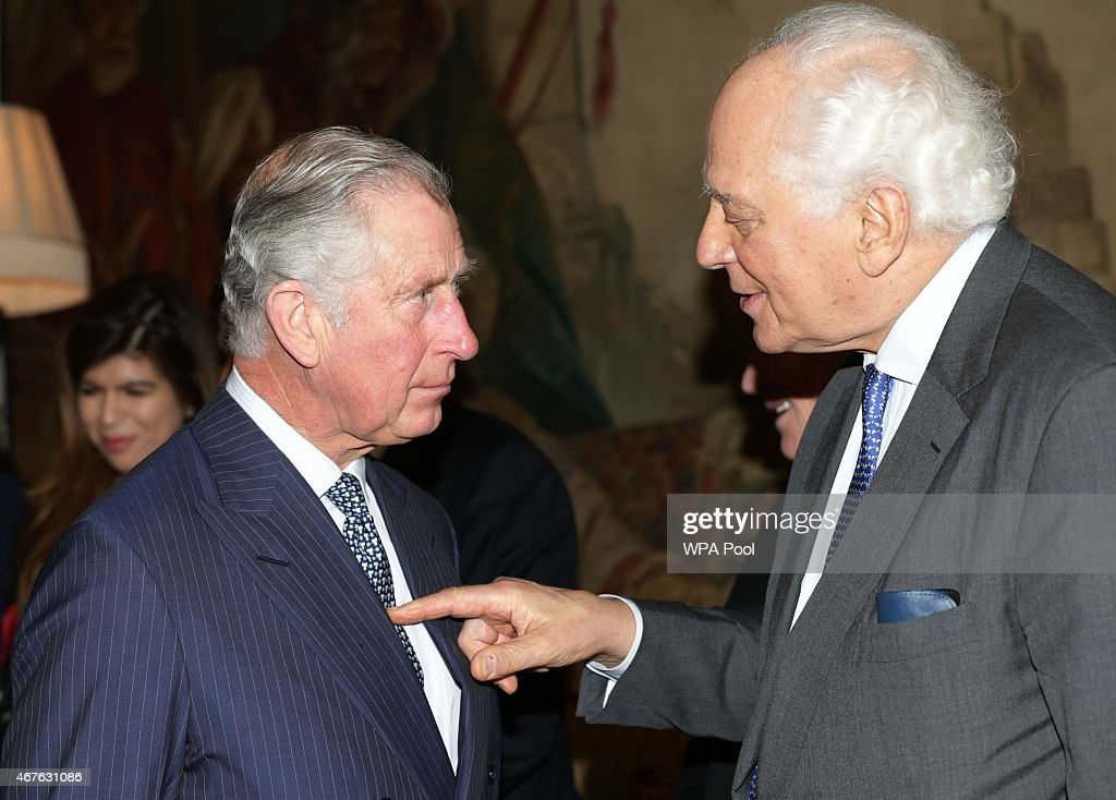 The Prince Of Wales And Duchess Of Cornwall Launch 'Travels To My Elephant' Rickshaw Race : ニュース写真