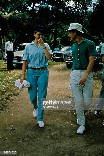 Prince Charles The Prince Philip And Princess Anne Of The United Kingdom On Holiday In Jamaica En Jamaïque en août 1966 lors des vacances la...