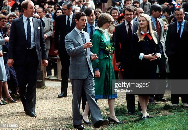 Prince Charles With Lady Diana Spencer Visiting Lord And Lady Romsey norton Knatchbull And Penelope At Broadlands Their Home In Romsey Hantspolice...