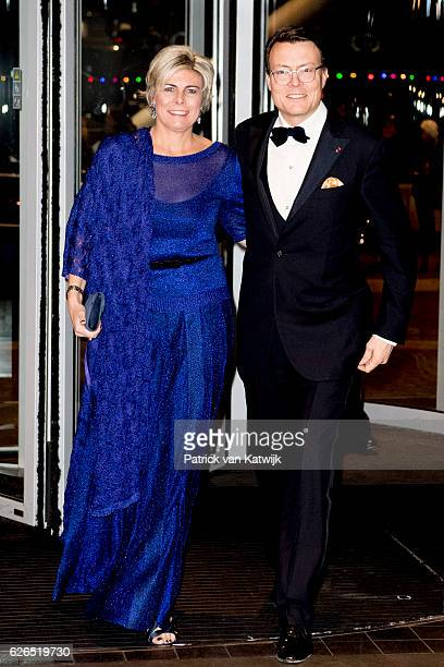 Prince Constantijn and Princess Laurentien at the start of the concert offered by the Belgian King in the Muziekgebouw Aan't IJ Amsterdam on November...
