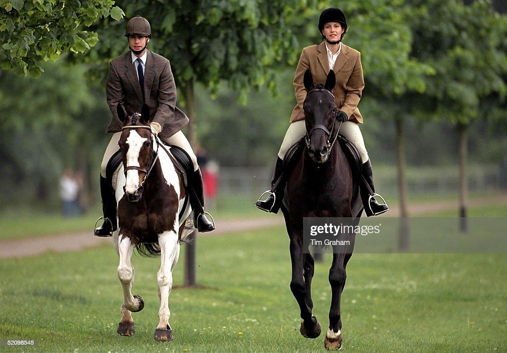 Edward And Sophie Riding : News Photo