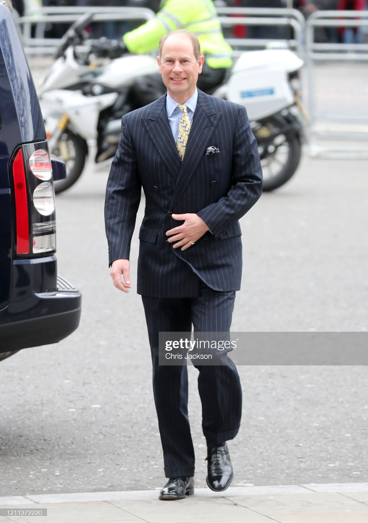 https://media.gettyimages.com/photos/prince-edward-earl-of-wessex-attend-the-commonwealth-day-service-2020-picture-id1211372220?s=2048x2048