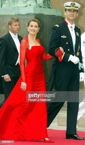 Prince Felipe and fiancee Letizia Ortiz Rocasolano arrive to attend the wedding between Danish Crown Prince Frederik and Mary Donaldson in Copenhagen...
