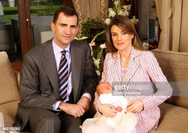 Prince Felipe and Princess Letizia at home with their newborn baby, Sofia. | Location: MADRID, MADRID, SPAIN.