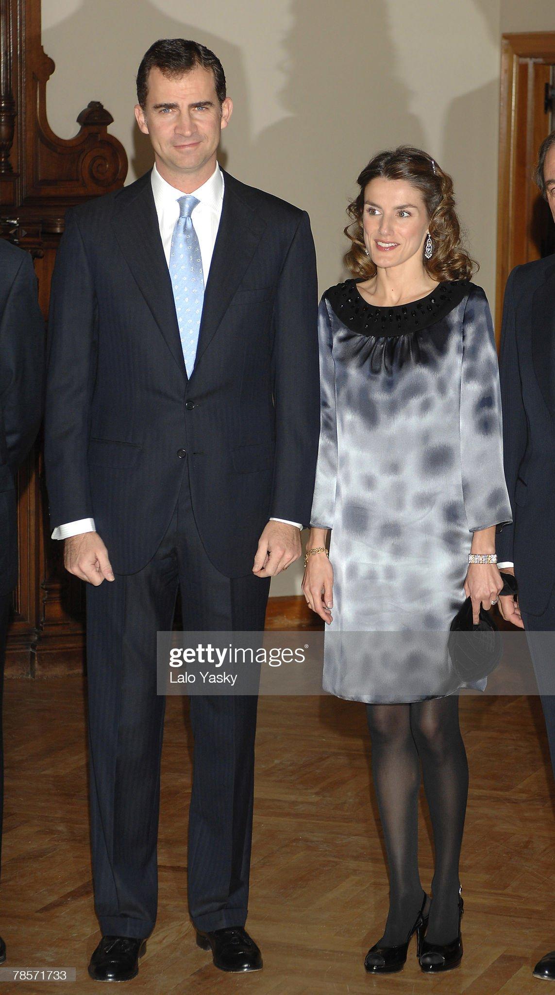 Вечерние наряды Королевы Летиции Prince Felipe and Princess Letizia