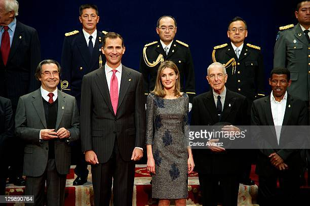 Prince Felipe of Spain and Princess Letizia of Spain and Leonard Cohen pose for a picture with the 2011 Prince of Asturias Award laureates at the...